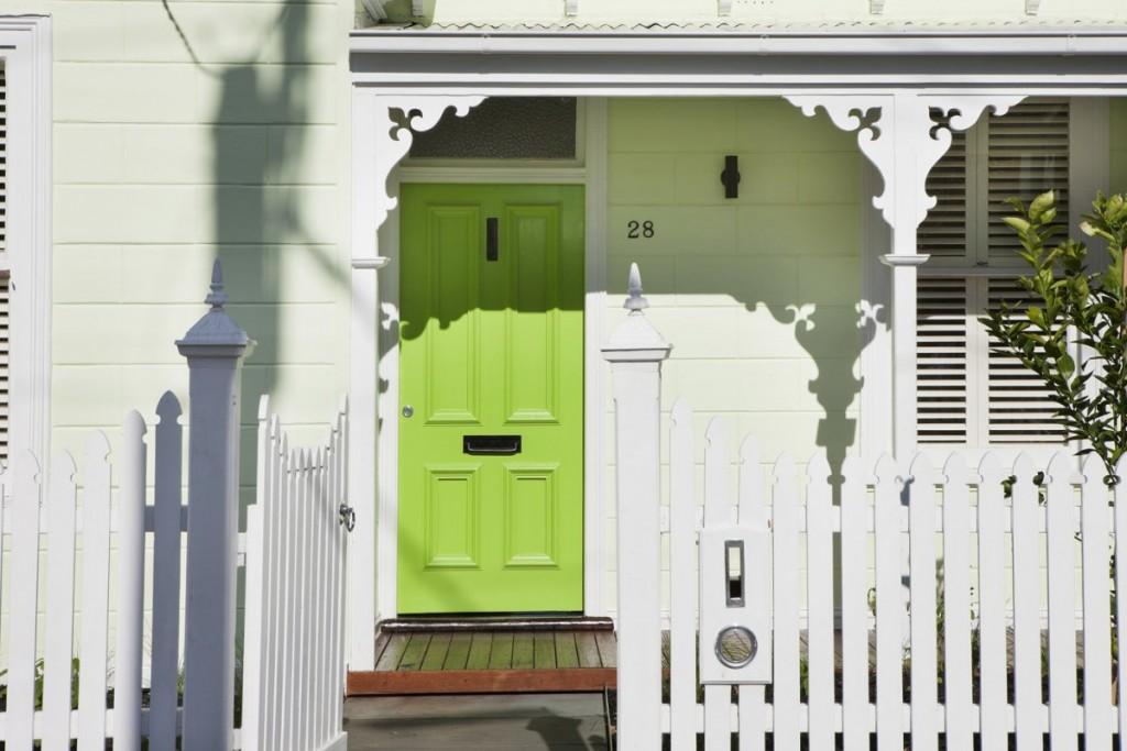 warna-hijau-pintu